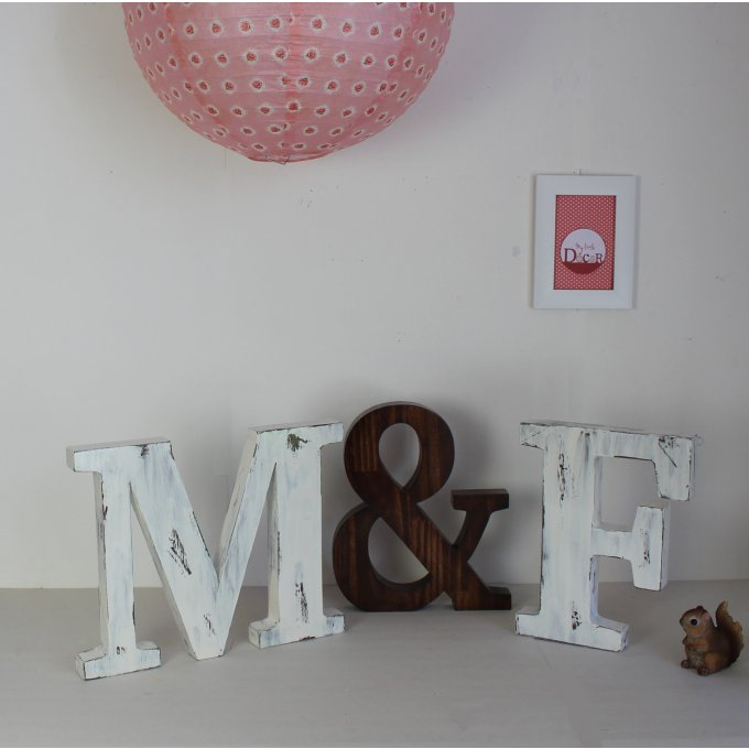 grandes lettres en bois m f mariage boh me mylittledecor lettres poser candy bar. Black Bedroom Furniture Sets. Home Design Ideas