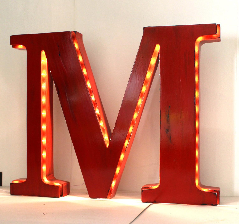 lettre lumineuse g ante m poser de 50 cm de hauteur couleur personnalisable. Black Bedroom Furniture Sets. Home Design Ideas