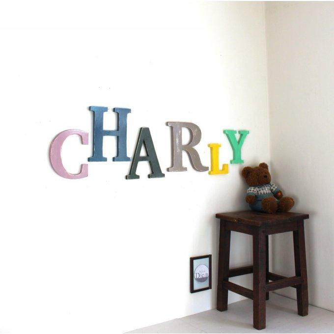 lettres en bois charly pr nom g ant. Black Bedroom Furniture Sets. Home Design Ideas