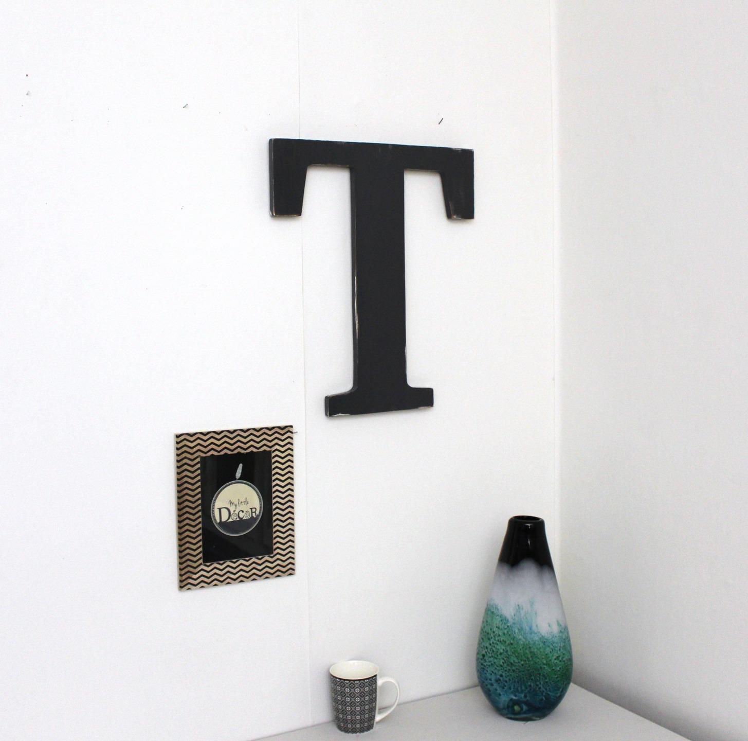 lettre murale deco decoration murale lumineuse la lettre murale cracation unique pour une. Black Bedroom Furniture Sets. Home Design Ideas
